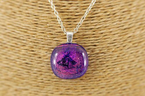 purple-yacht-pendant
