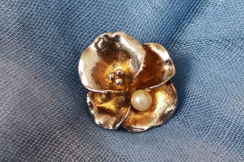 pansy-pearl-brooch