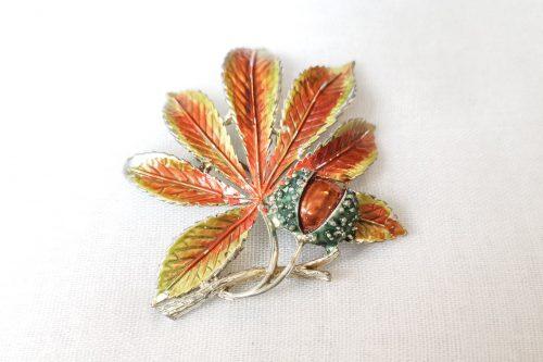 exquisite-horse-chestnut-brooch