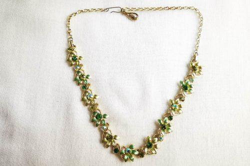 jewelcraft green flower necklace