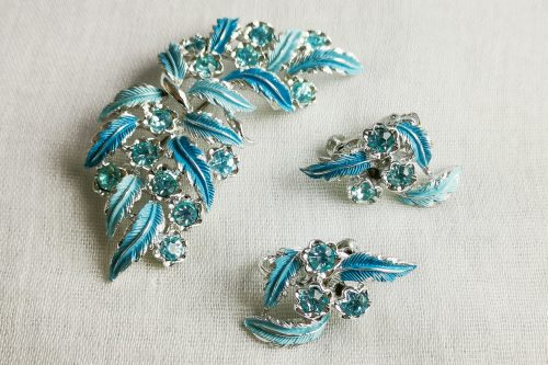 jewelcraft brooch and earrings