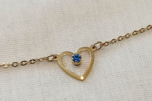 avon heart necklace
